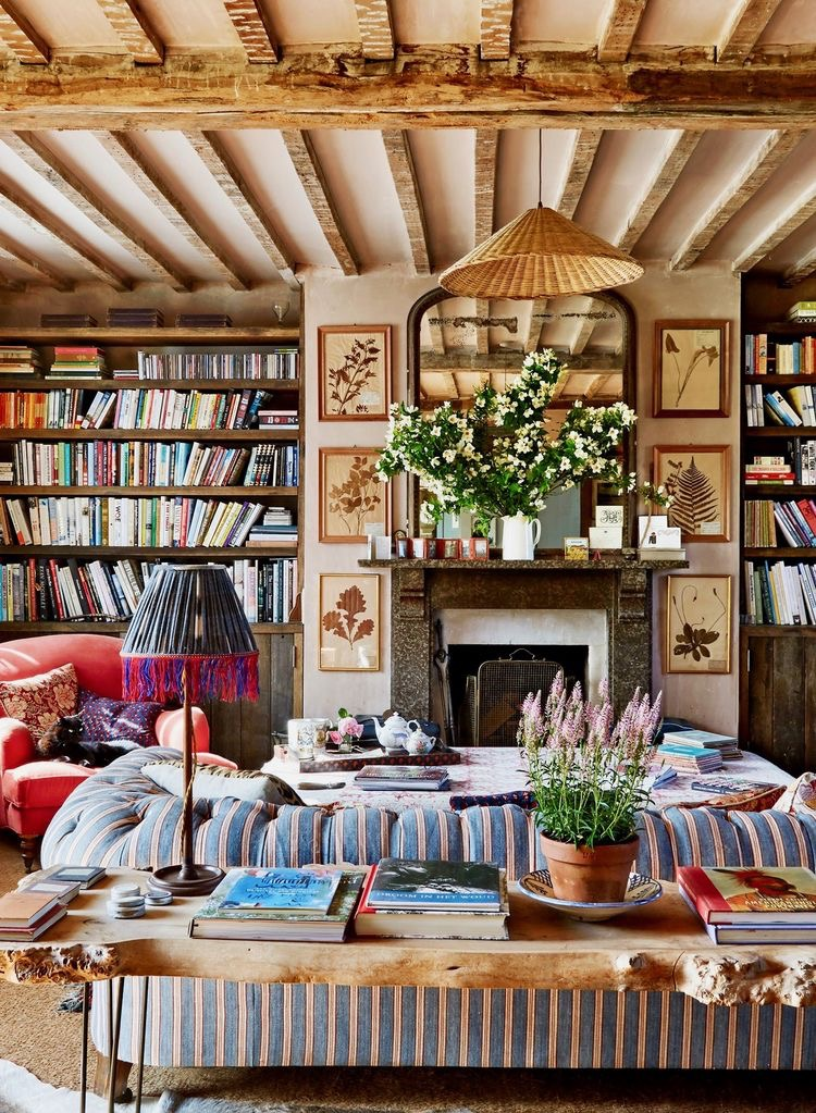 Country chic interior design